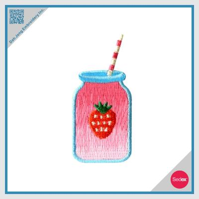 Embroidery Patch - Strawberry smoothie
